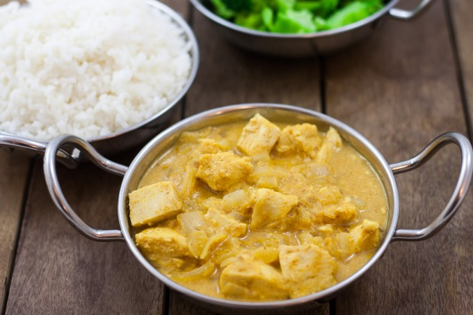Chicekn in Peanut Sauce with Rice