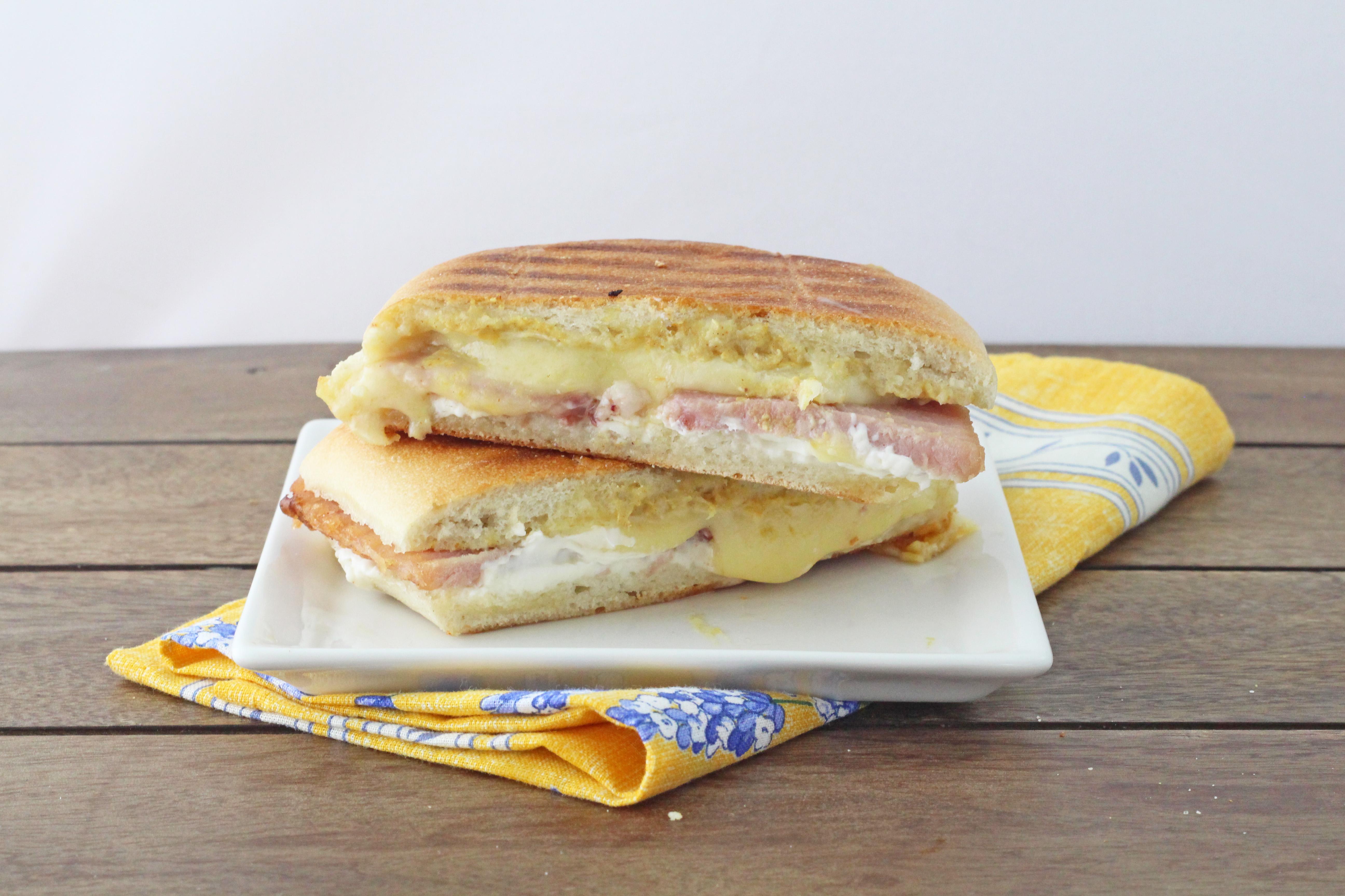 pics Monte Cristo Sandwiches