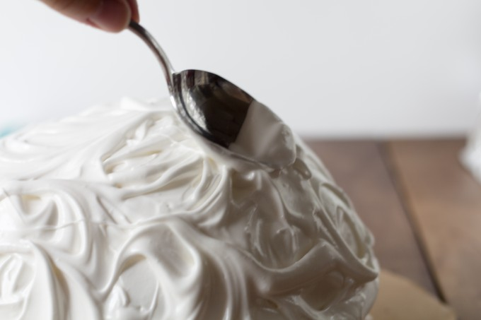 Creating Swirls on Baked Alaska