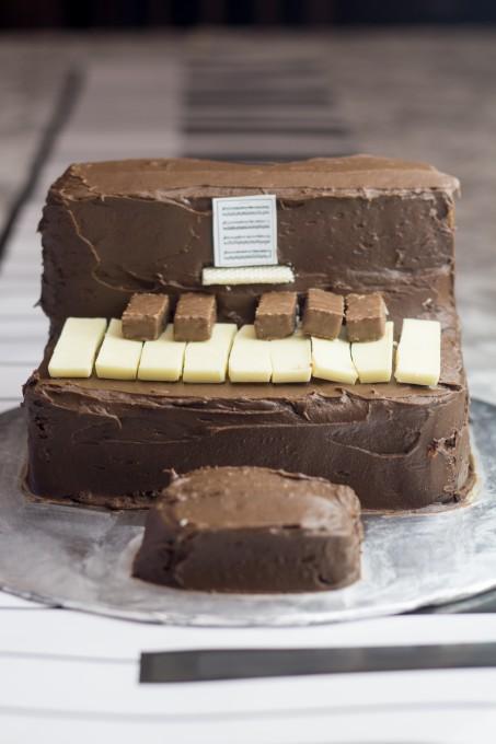 Gluten Free Chocolate Cake - Piano Cake