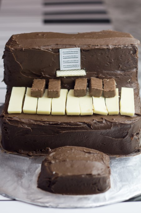 Gluten Free Chocolate Cake – Piano Cake