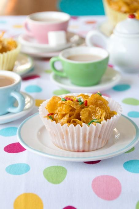 Simple Honey Cornflakes Cakes