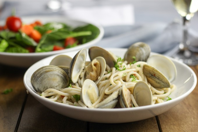 Clams with Garlic & Herb Spaghetti